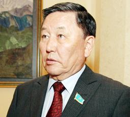 Әділ Құрманжанұлы Ахметов